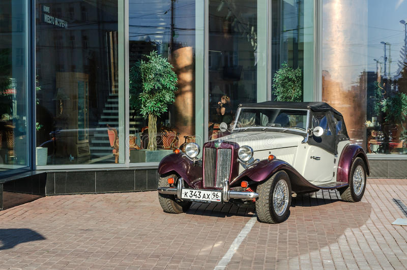 TD2000 Gatsby, klasyk terenówka projektował po MG TD zdjęcia stock