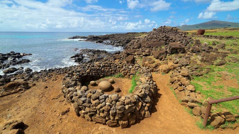 Te Pito o Te Henua, o umbigo do mundo, Ilha de Páscoa, o Chile foto de stock