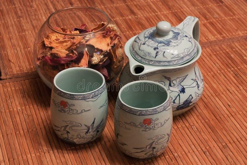 tea för 2 torkad petals arkivfoton