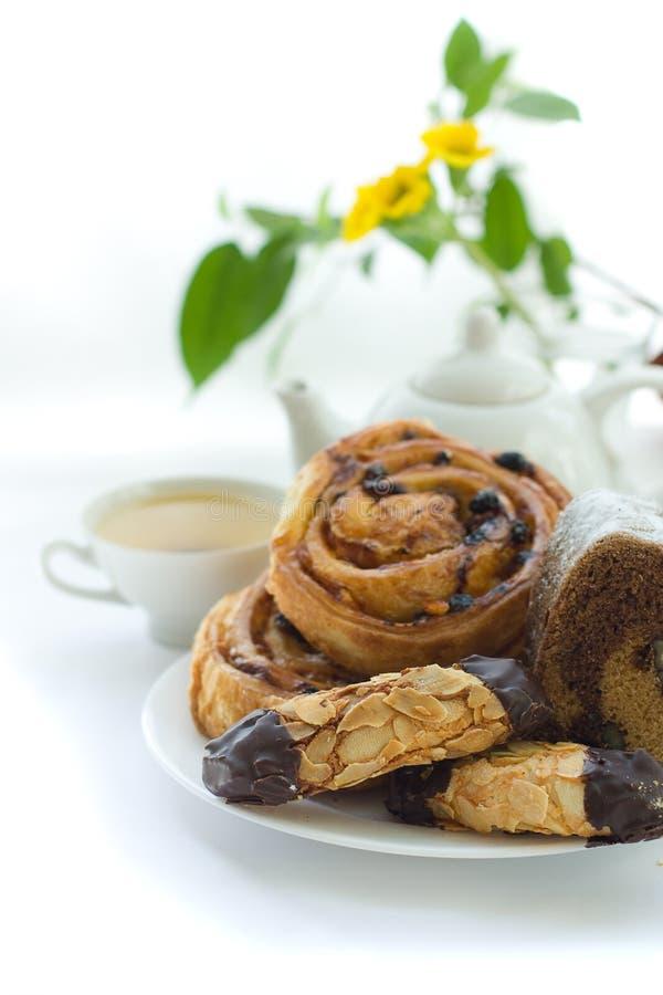 tea för frukostmorgonbakelse arkivbilder