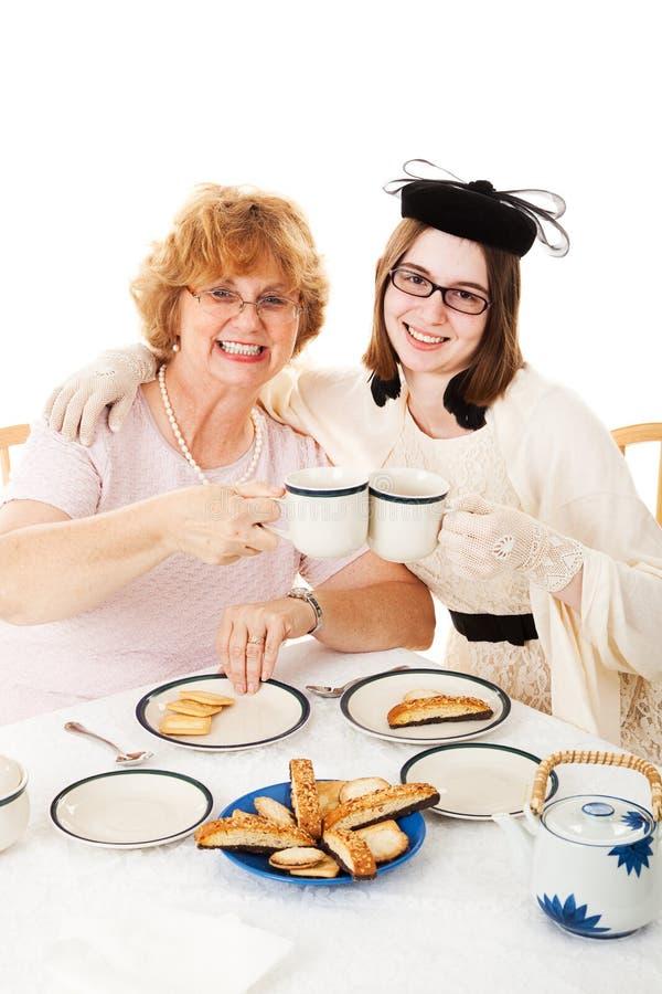 Tea party do dia de mães com mamã fotos de stock royalty free