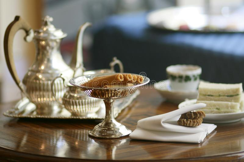 Tea party inglês tradicional que serve o stillife imagem de stock royalty free