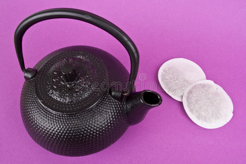 how to make a pot of tea with tea bags