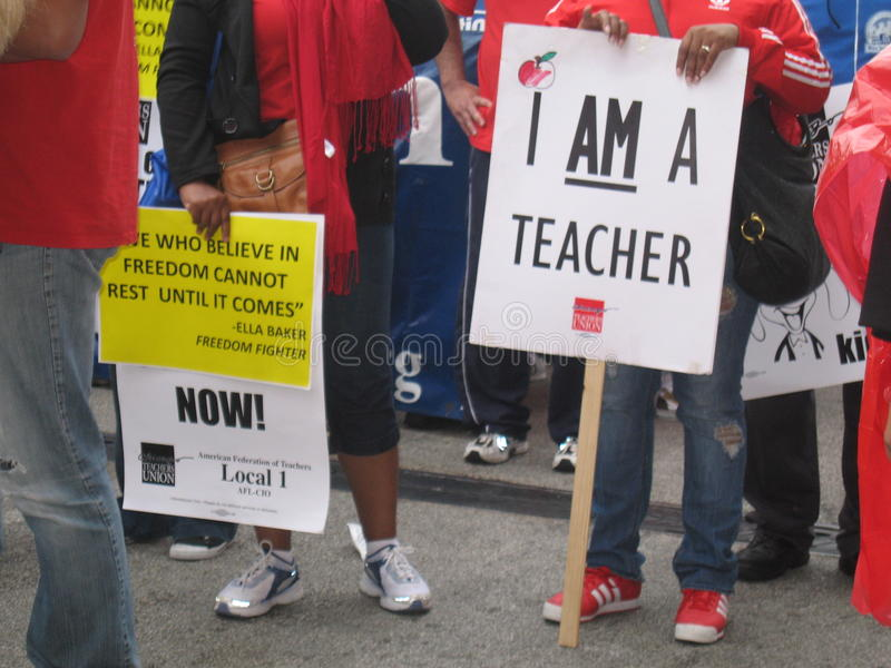 Teachers Strike Chicago U. Thousands of teachers on strike and protesting in downtown Chicago, September 13, 2012 royalty free stock photography