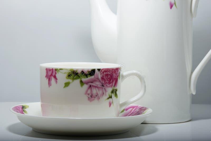 teacup royaltyfria bilder