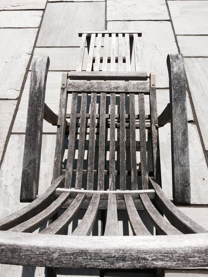 Teak καρέκλα γεφυρών στοκ φωτογραφία με δικαίωμα ελεύθερης χρήσης