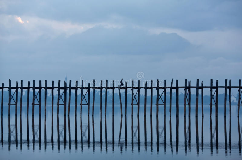 teak u myanmar моста bein amarapura известный стоковое фото rf