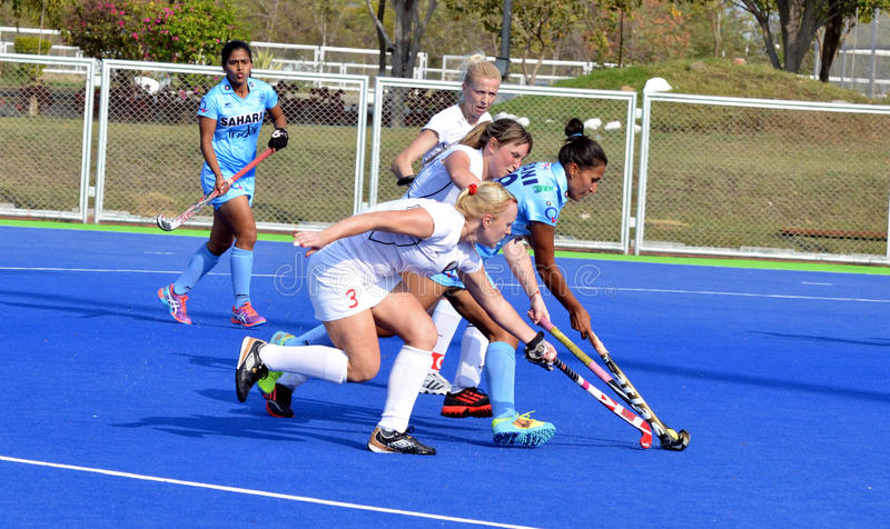 Team India besegrade Vitryssland vid 2-1 i women'shockey royaltyfria foton