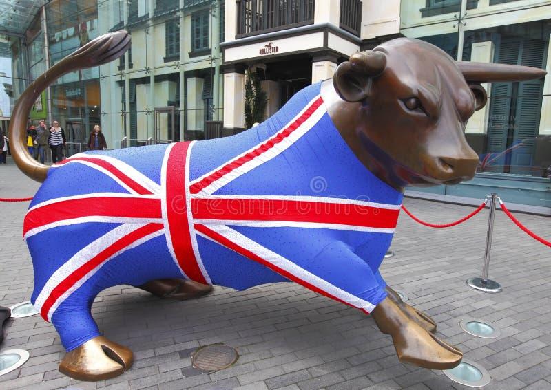 Team les Jeux Olympiques 2012 de gigaoctet Bull photographie stock libre de droits