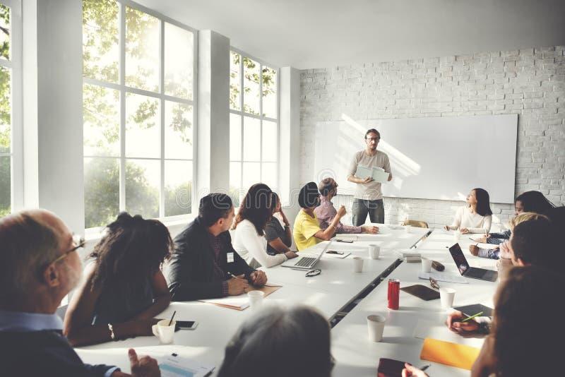 Team Teamwork Meeting Start herauf Konzept lizenzfreie stockfotografie