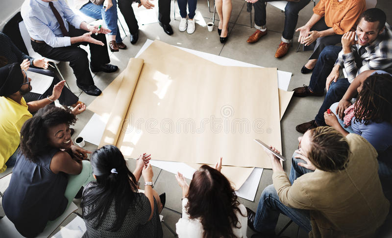Team Teamwork Meeting Start sul concetto fotografie stock libere da diritti