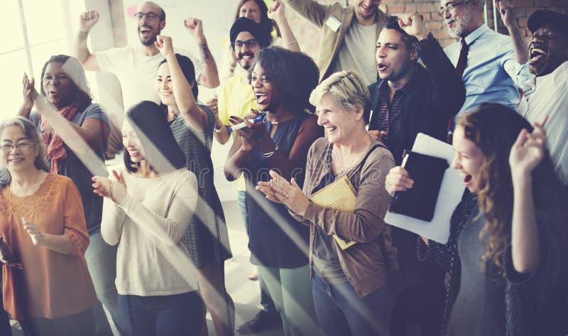 Team Teamwork Meeting Success Happiness begrepp royaltyfria foton