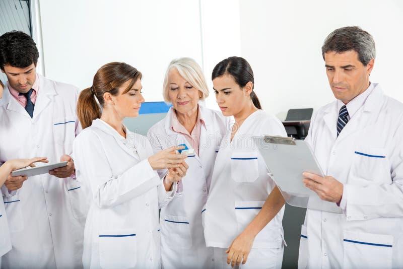 Team Working médico imágenes de archivo libres de regalías