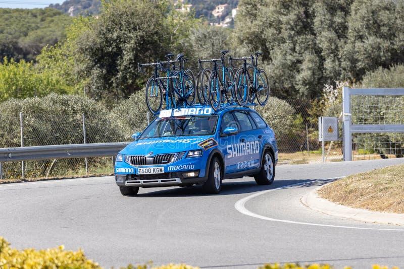 Teamauto van Road van Volta het Cirkelen in Catalonië op stadium 3 van Sant Feliu DE Guixols aan Vallter 2000 27 03 2019 Spanje royalty-vrije stock afbeeldingen