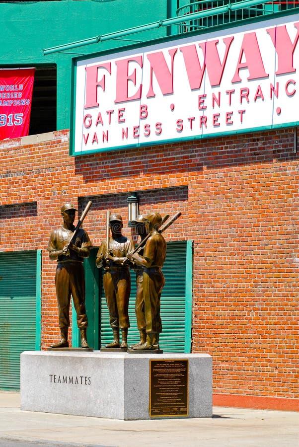 Teammatesstaty på den Fenway parken, Boston, MOR. arkivbilder