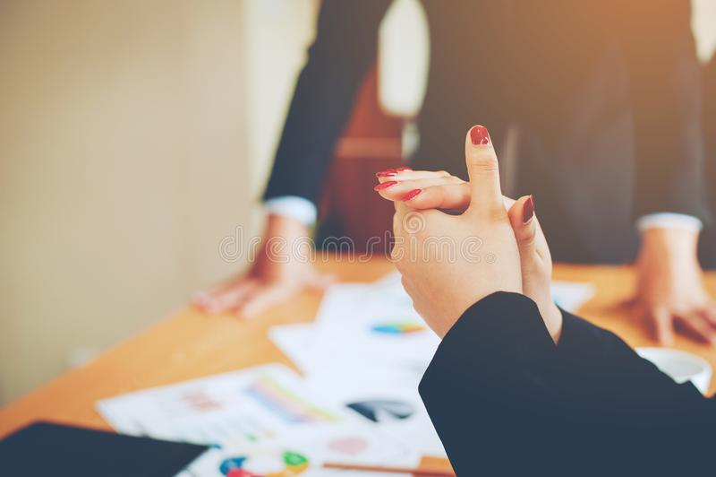Teamwork-Team Doing Business als Team Corporate-Sitzungen Einheit lizenzfreies stockbild