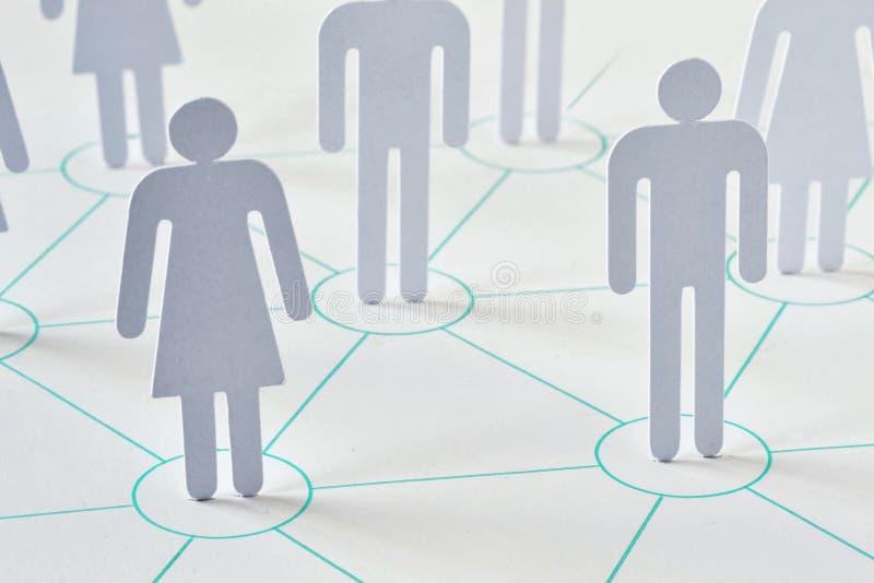 Teamwork- und Netzkonzept - Mann und Frau, die wie zusammenarbeiten stockfotos