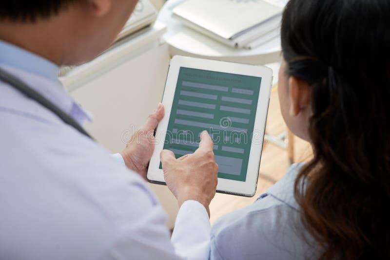 Teamwork von in hohem Grade Berufsärzten lizenzfreie stockfotografie