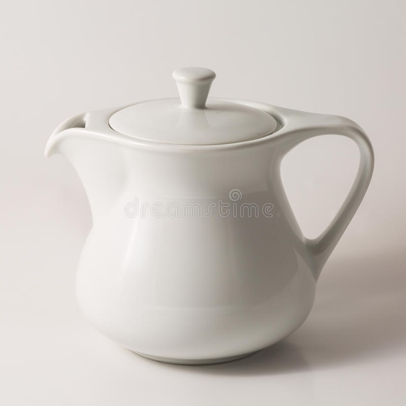 Teapot branco fotografia de stock