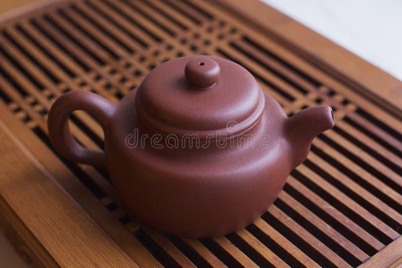 Teapot com chá chinês fotos de stock