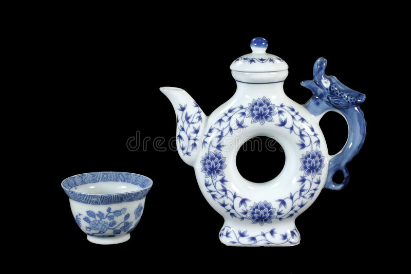 Teapot e teacup originais fotografia de stock royalty free