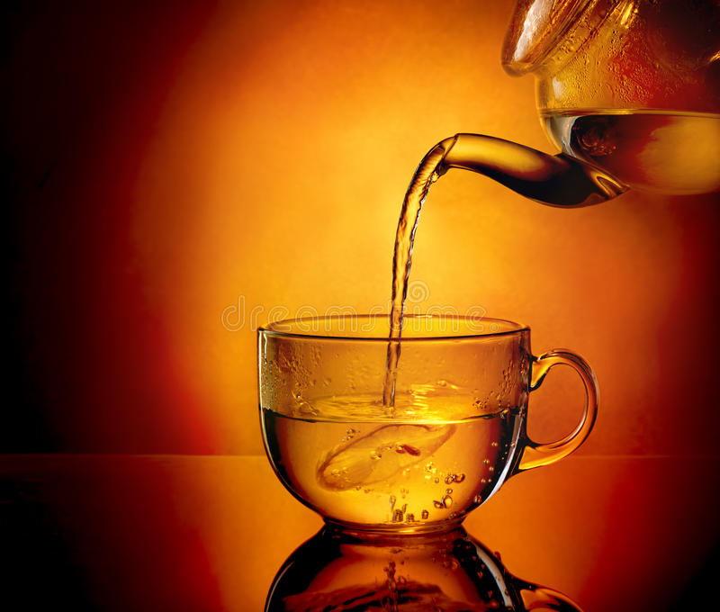 Teapot i filiżanka herbata zdjęcia royalty free