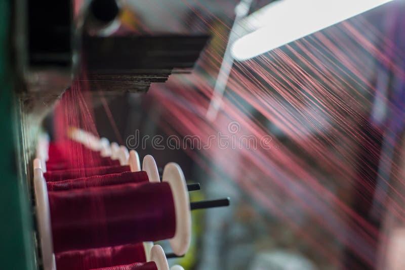 Tear de tecelagem fotos de stock