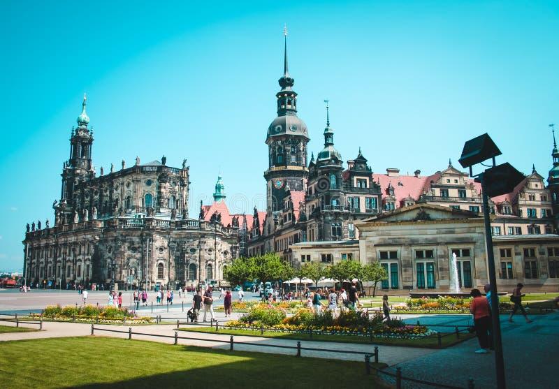 Teaterfyrkant i Dresden, Tyskland royaltyfri foto