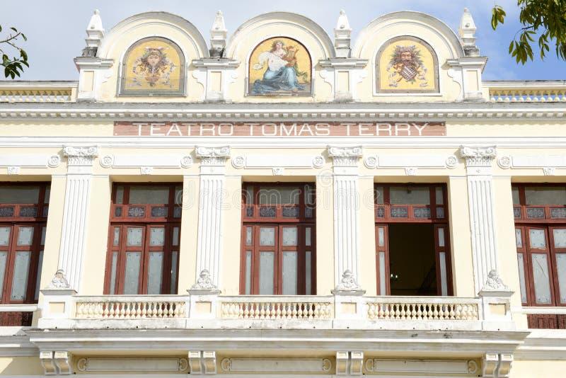 TeaterTomas Terry byggnad i Cienfuegos royaltyfria bilder