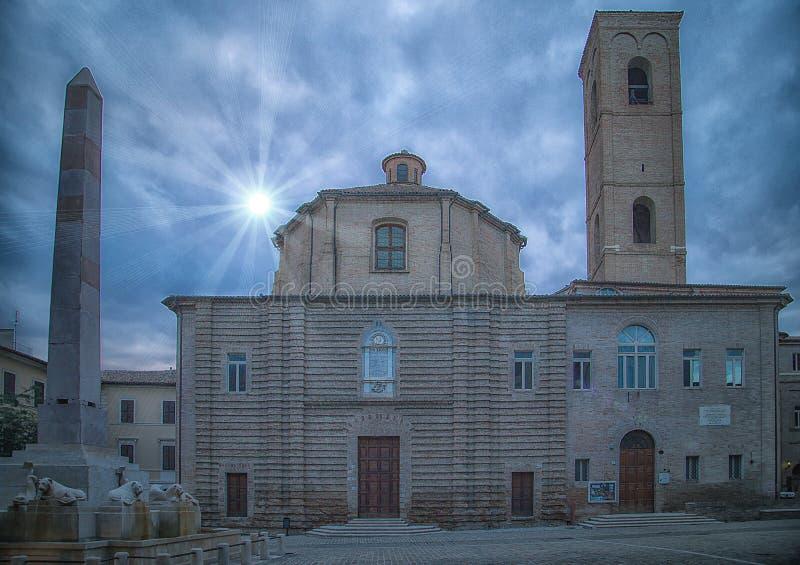 Teatr Moriconi - dziejowy centrum Jesi Włochy 2014 Lipiec 22 fotografia stock