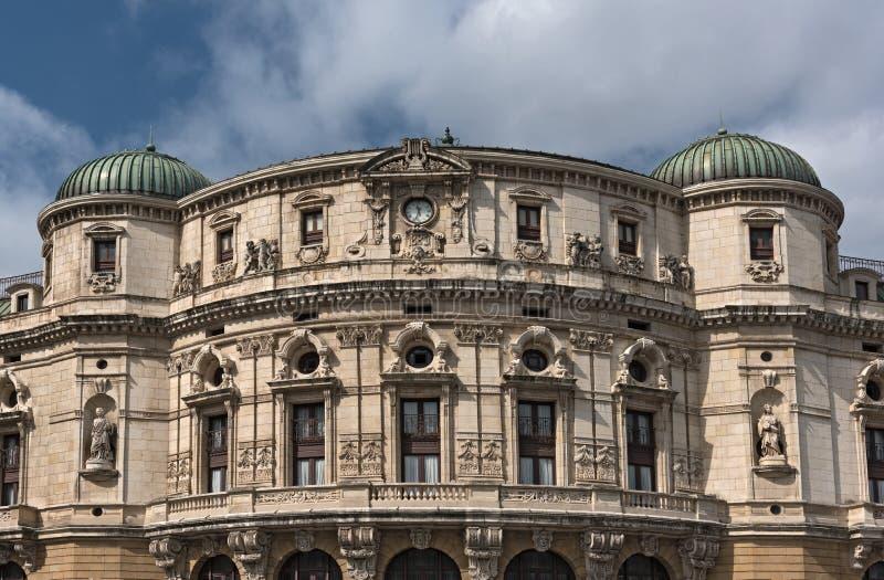 Teatro阿里亚加,剧院阿里亚加,毕尔巴鄂,温泉的上部门面 图库摄影