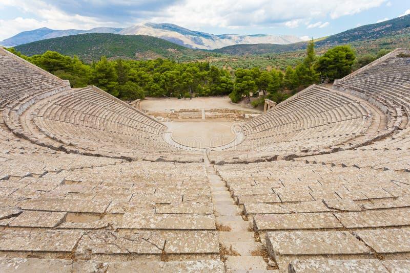 Teatro antico in Epidaurus, Argolis, Grecia immagini stock libere da diritti