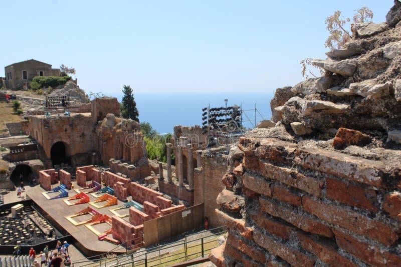 Teatro antigo de Taormina imagem de stock