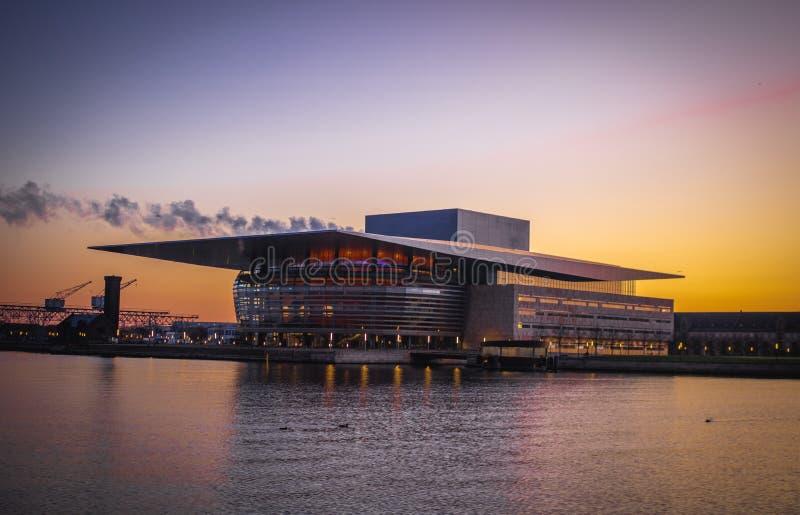 Teatro da ópera de Copenhaga fotos de stock