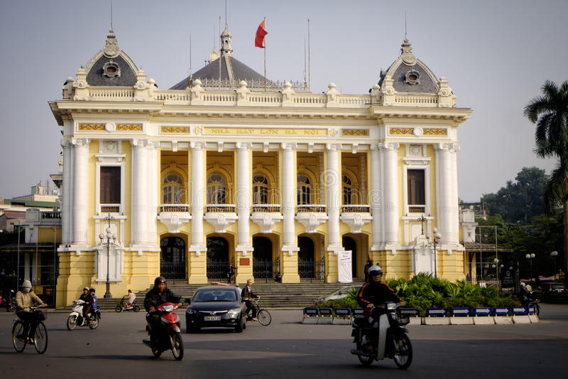 Teatro da ópera de Hanoi, Vietname foto de stock royalty free