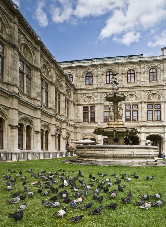 Teatro da ópera de Viena imagem de stock royalty free