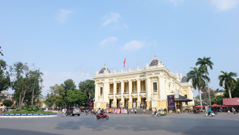 Teatro de la ópera de Hanoi imagenes de archivo