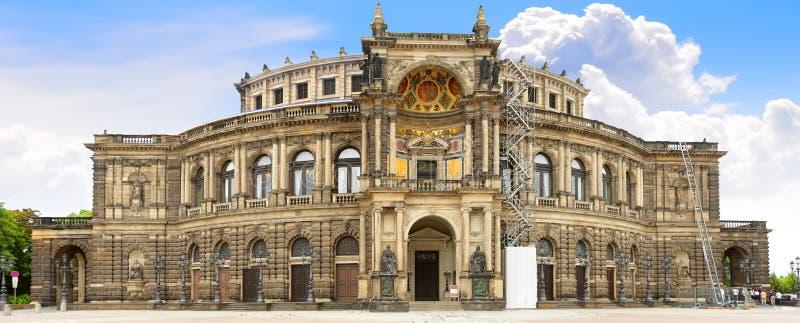 Teatro de la ópera de la ópera sajona del estado, Dresden fotografía de archivo libre de regalías