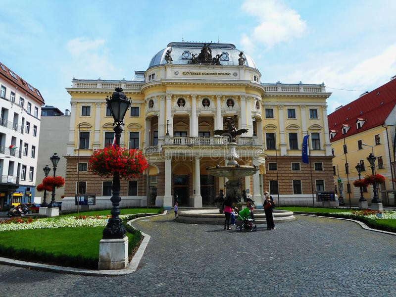 Teatro de la ópera del teatro nacional eslovaco imagen de archivo libre de regalías