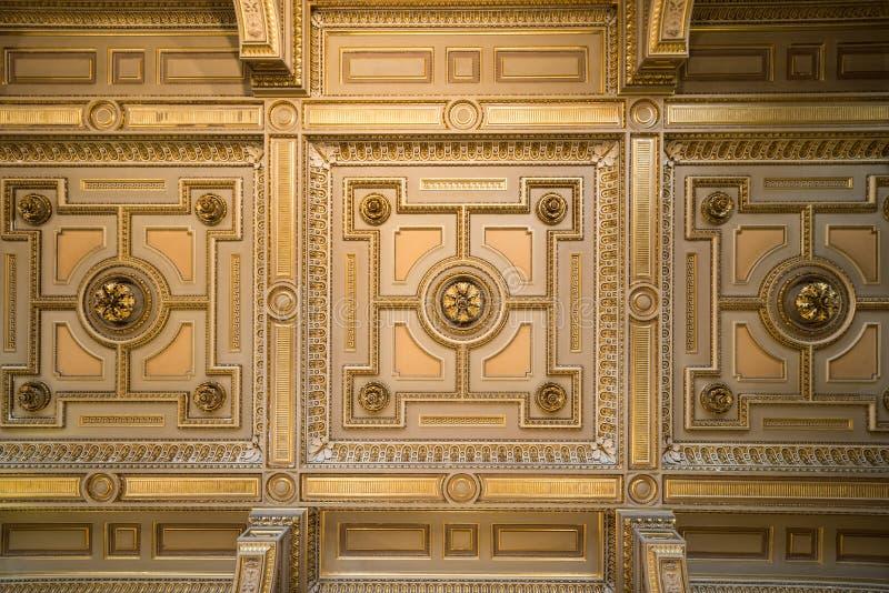 Teatro de la ópera real que visita en Viena, capital de Austria's foto de archivo