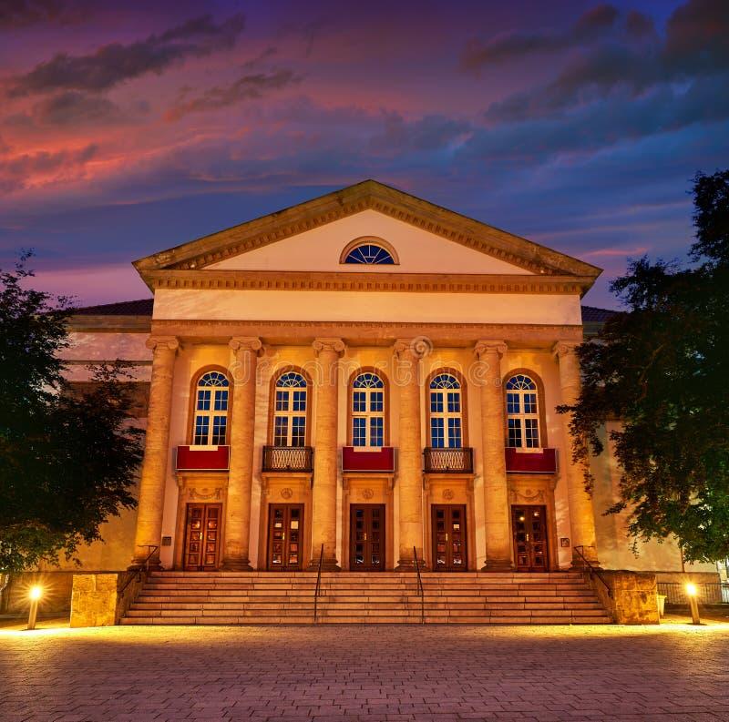 Teatro de Nordhausen na noite no Thuringia Alemanha imagens de stock royalty free