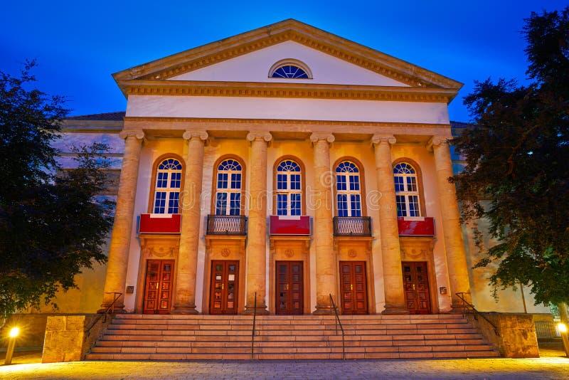 Teatro de Nordhausen na noite no Thuringia Alemanha foto de stock royalty free