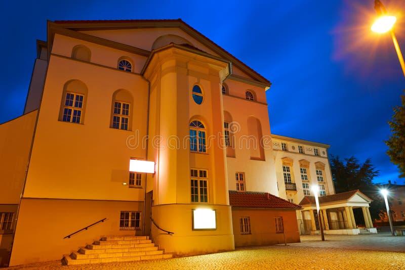 Teatro de Nordhausen na noite no Thuringia Alemanha fotografia de stock