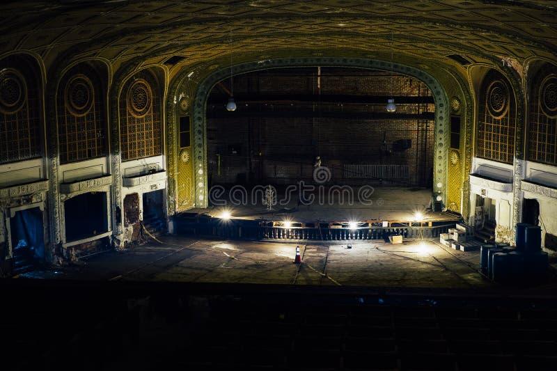 Teatro de variedad abandonado - Cleveland, Ohio imagen de archivo libre de regalías
