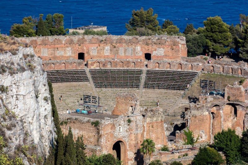 Teatro del greco antico in Taormina, Sicilia fotografia stock