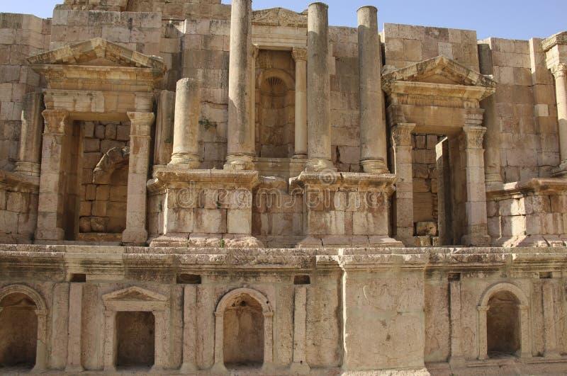 Teatro del sud, città romana antica di Gerasa di antichità, Jerash moderno, Giordania fotografia stock libera da diritti