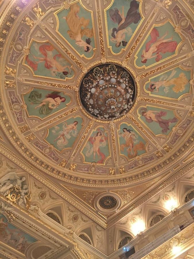 Teatro di Leopoli della costruzione di balletto e di opera fotografie stock libere da diritti