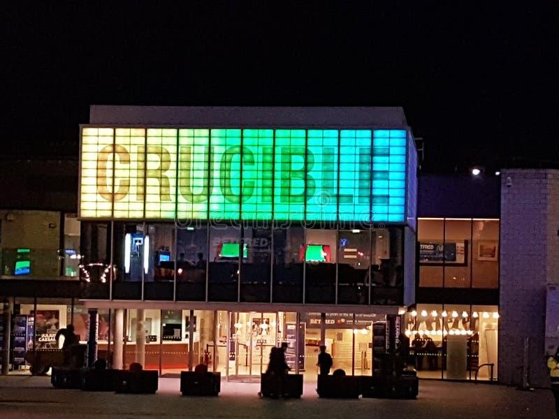 Teatro do cadinho na noite fotografia de stock royalty free