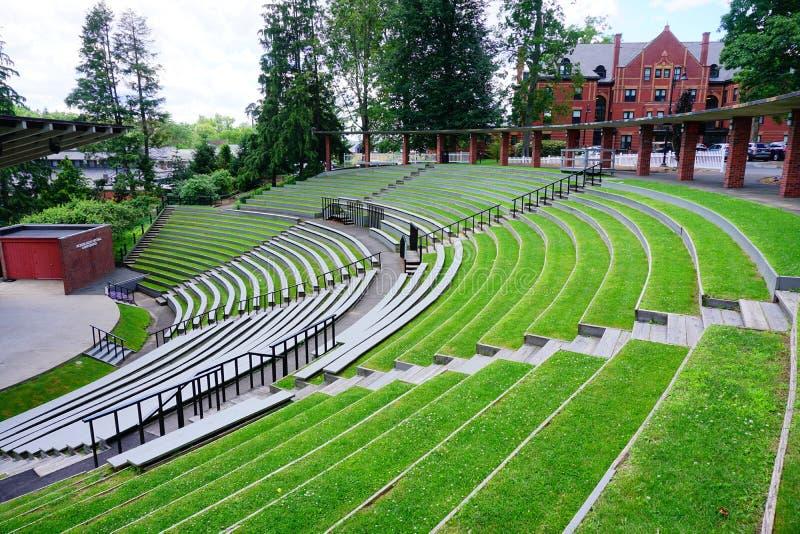 Teatro do terreno da faculdade do Mt Holyoke fotografia de stock