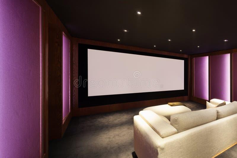 Teatro domestico, interno di lusso fotografia stock libera da diritti